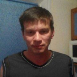 Стройный, симпатичный парень в поисках партнерши для секса в Новороссийске