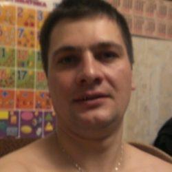 Молодой симпатичный парень, ищу страстную девушку из Новоросийска и области, любящую секс!